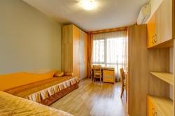 Тристаен апартамент София град